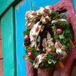 クリスマスリースはなんで飾るの?その由来と歴史