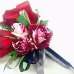普段使いからフォーマルまで使える バラのコサージュの作り方紹介