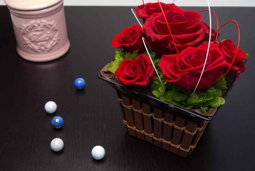 【10月22日新商品】還暦のお祝いに♪Happy 60th birthday Red Rose(プリザーブドフラワーアレンジメント)